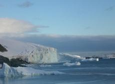antarctic_hero