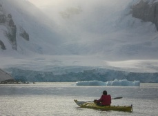 antarctica_kayak